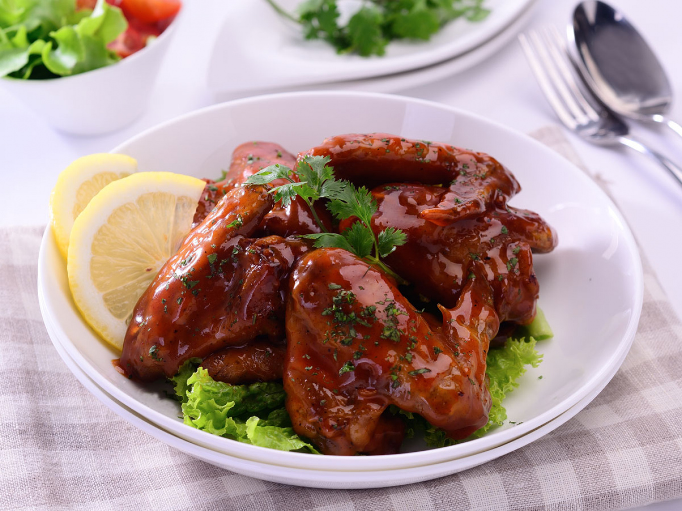 Spicy Tomato Chicken Wings