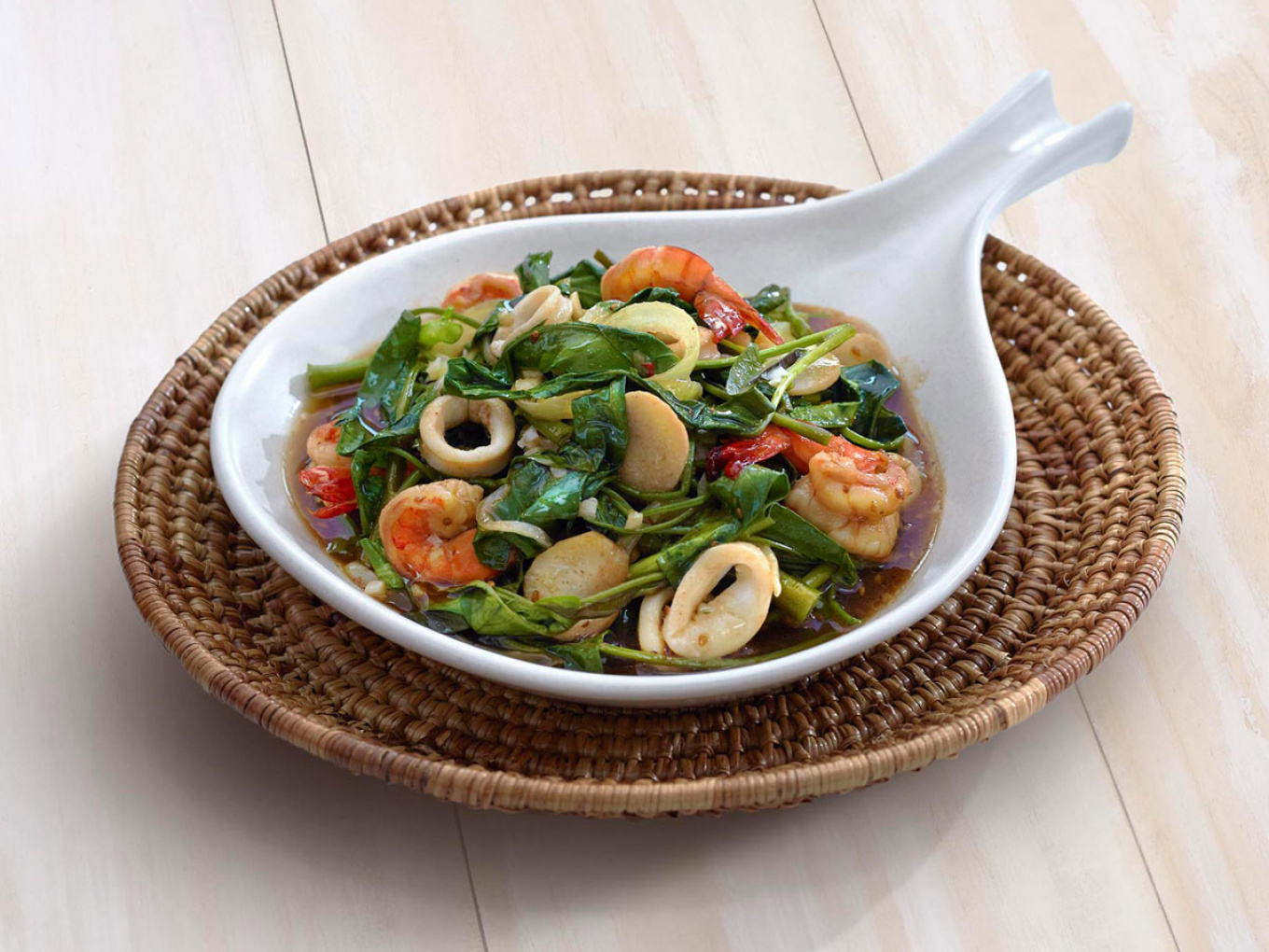 Sautéed Water Spinach and Seafood with Japanese Soy Sauce